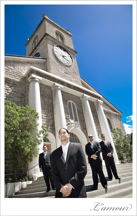 Hawaii wedding Photographers on Oahu at Kawaiaho Church in Honolulu
