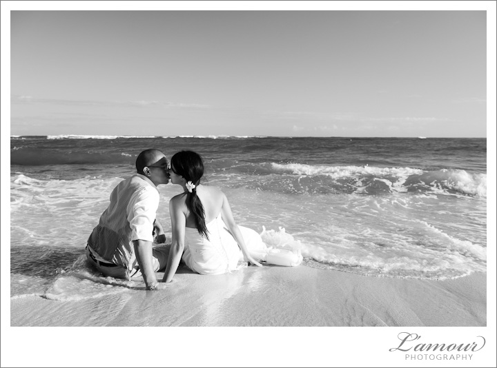 Trash the Dress at the Beach by L'Amour Hawaii Wedding Photography