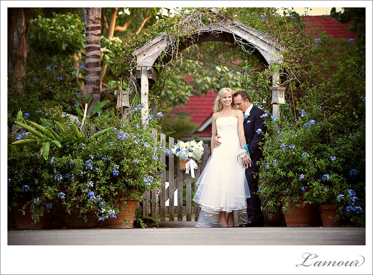 Pacific Weddings Magazine Hawaii Real Wedding by L'Amour Photography