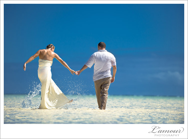 Trash the Dress Photos by Hawaii Wedding Photographers at L'Amour