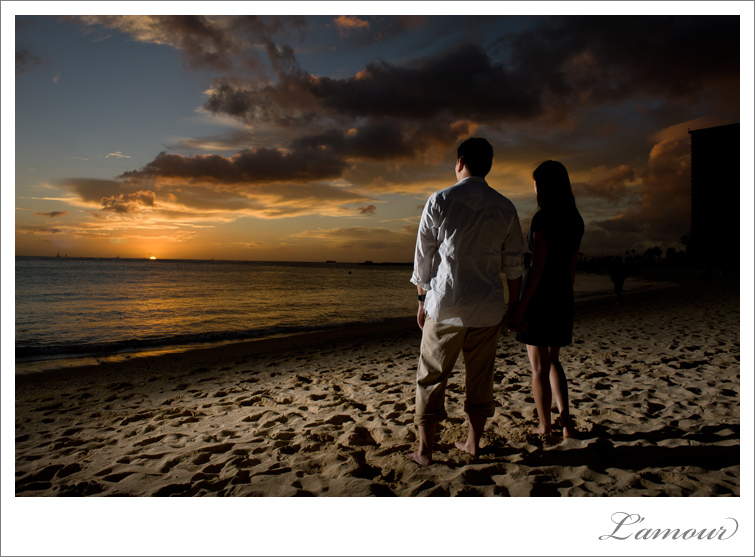 Waikiki Wedding and Engagement Photographer