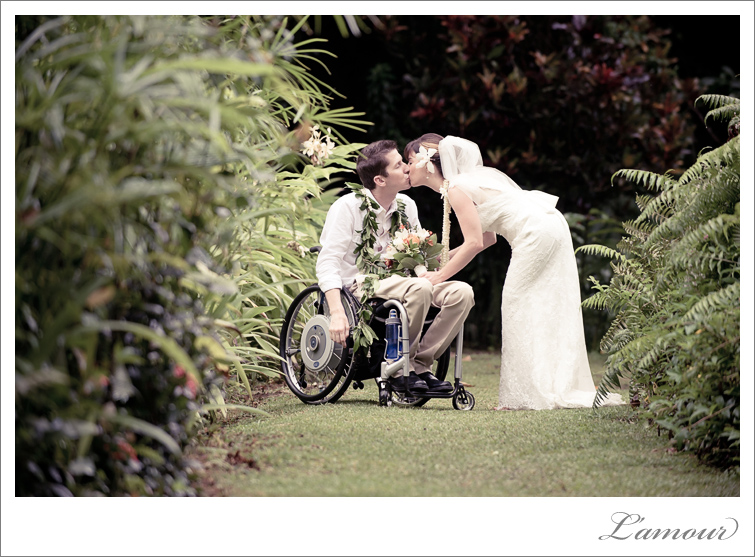Destination Oahu Wedding Photographer for Hawaii Wedding