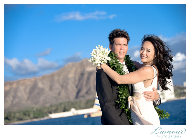 Waikiki Wedding Photography by Lamour on Oahu