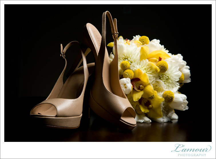 Oahu Wedding Details by Lamour Photography