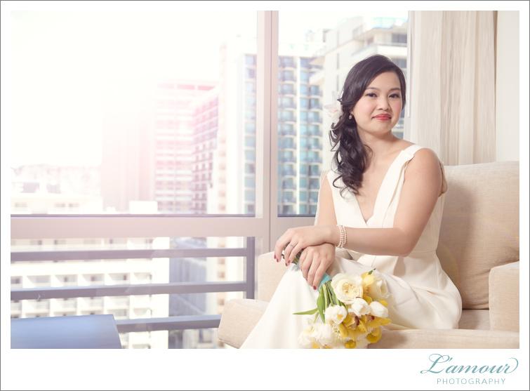 Hawaii Bride portraits by Lamour Photogrpahy based on Oahu