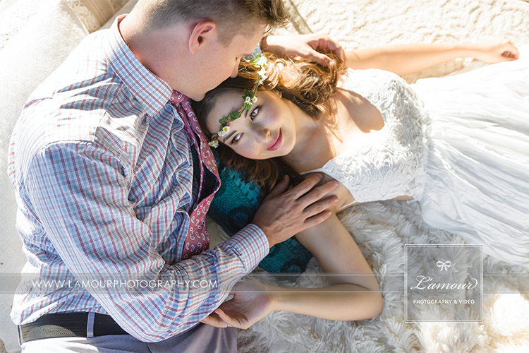 Lamour photography shares photos of photographers Eric and Wendy beach wedding