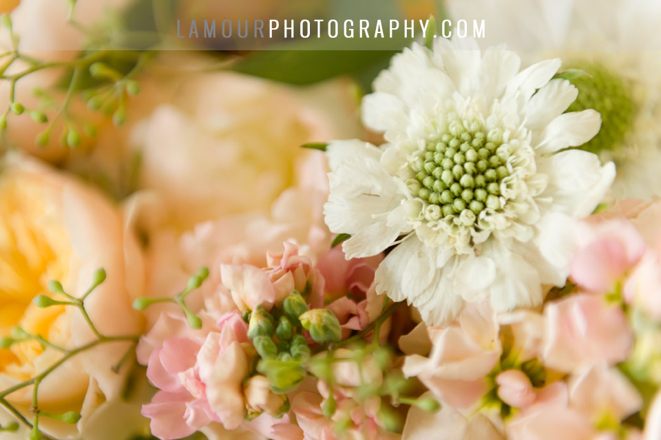Wedding photography of wedding bouquet on Oahu in Hawaii