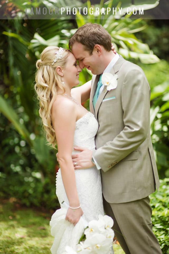 Haiku Gardens wedding on Oahu by L'Amour Photography