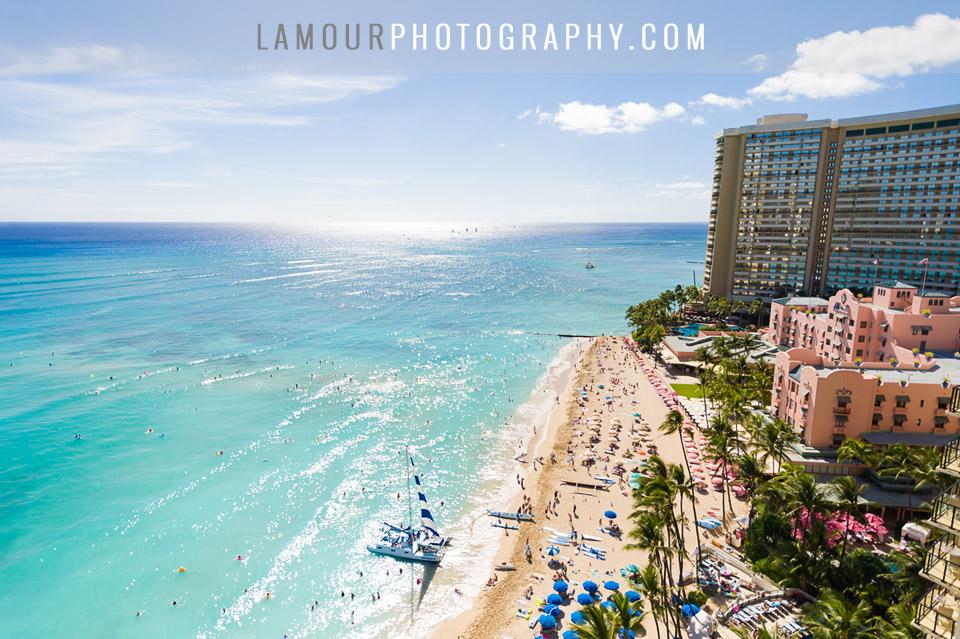 waikiki beach destination wedding by L'amour Photography
