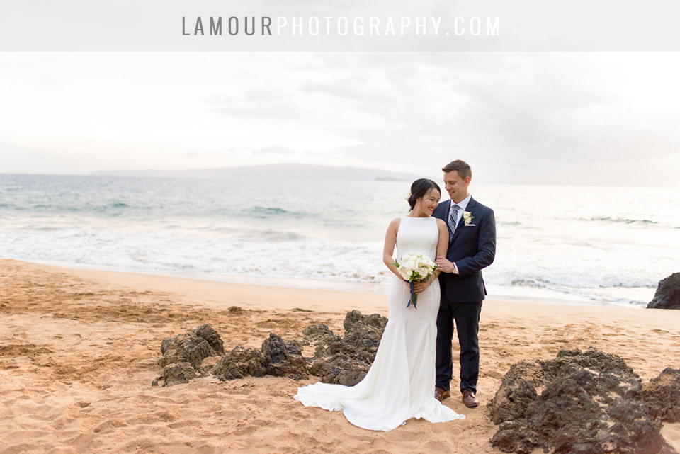 Hawaii beach wedding photos by L'Amour Photography and Video