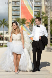 Hawaii wedding photographers from the L'amour Photography and Video team on Oahu for this Hilton Hawaiian Village ceremony and reception