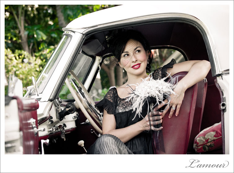 Vintage Wedding Hawaii by Oahu Wedding Photographers of Lamour Photography