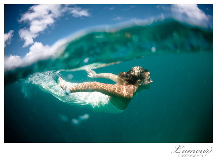 Trash the Dress Photos taken Underwater in Hawaii by L'Amour Photography