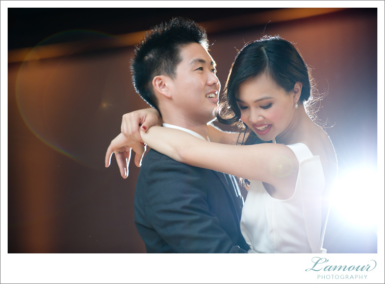 Hawaii Wedding Photographers of Lamour Photography First dance