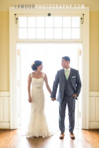 Moana Surfrider wedding photography in Hawaii by L'Amour Photography and Video on Oahu