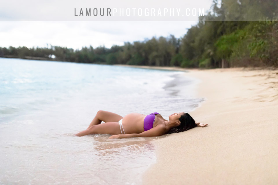 maternity photo shoot on Hawaii by L'Amour
