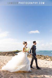 hawaii wedding photography on the beach on Oahu