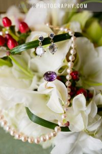 earings and pearl necklace for wedding in hawaii photo