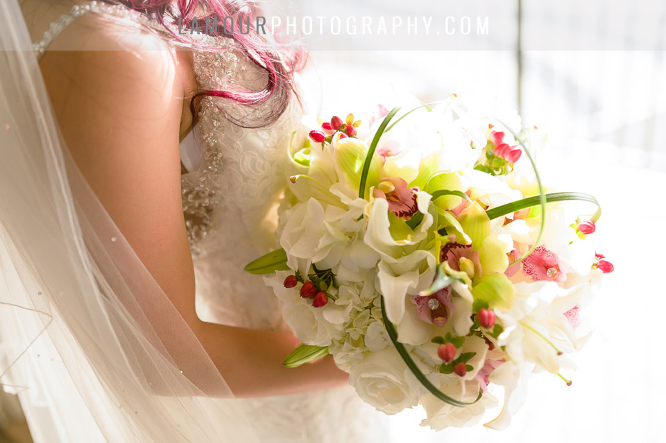 white and green orchid bouquet for hawaii wedding on oahu