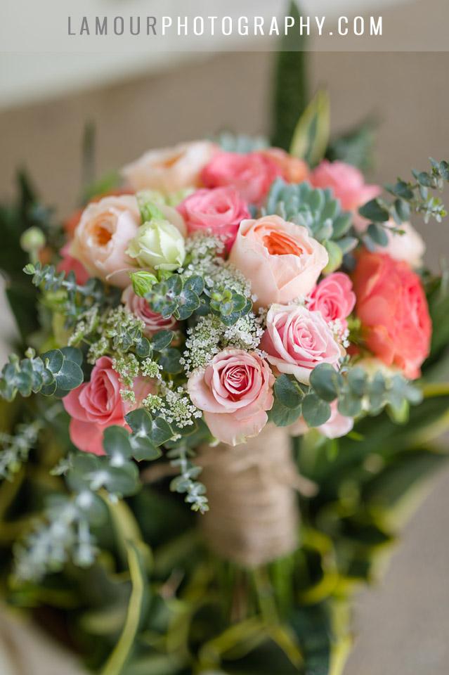 blush and pink hawaii wedding bouquet