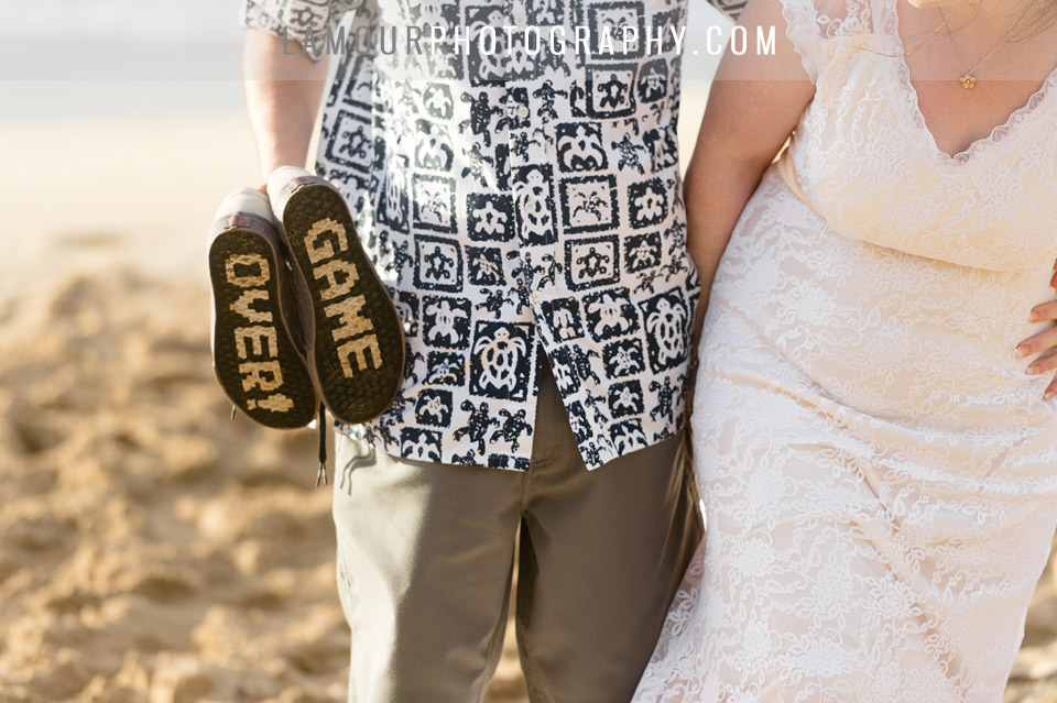 funny cute sandals for beach wedding photos in hawaii oahu