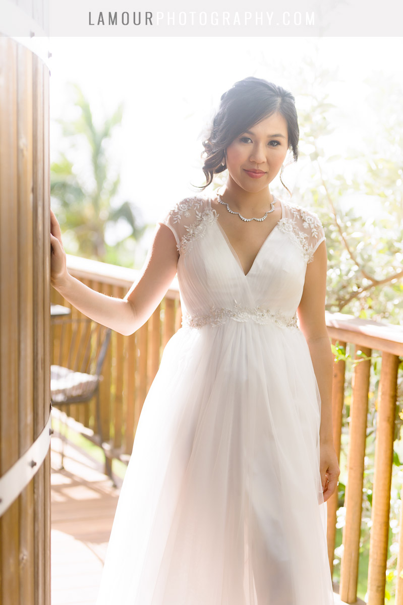 v-neck wedding gown for destination wedding in hawaii