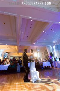 led reception lighting at hawaii wedding ballroom