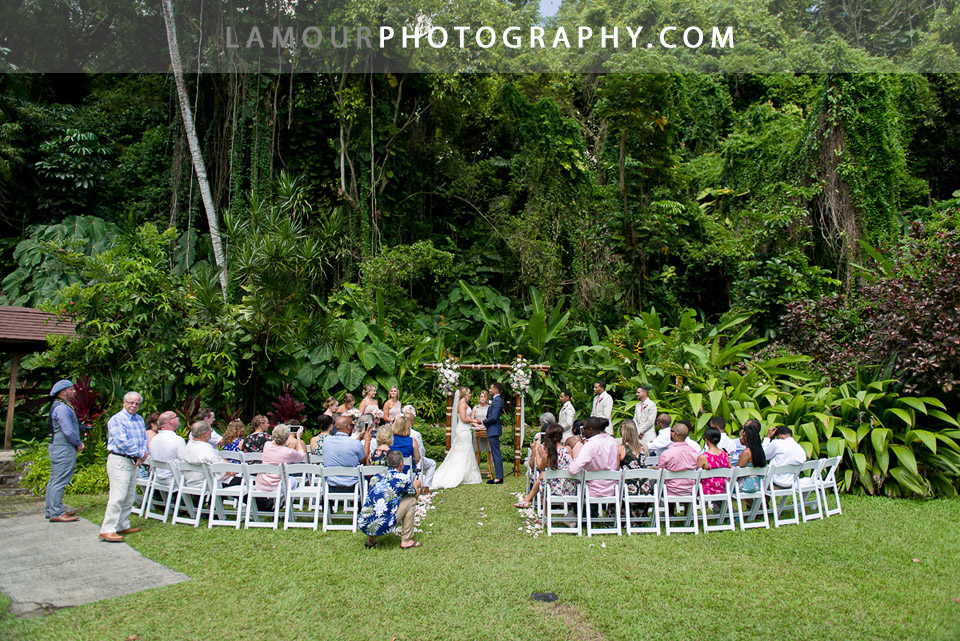 Oahu wedding venue Haiku Gardens at Haleiwa Joe's in Kaneohe