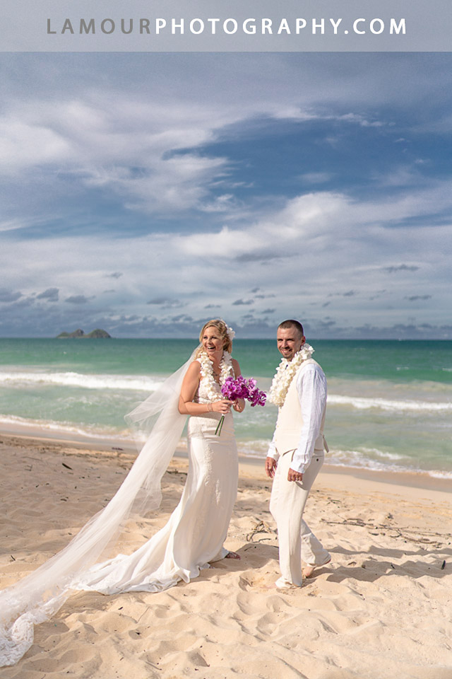 Lamour Photography is one of the very best and most acclaimed photographers in Hawaii for Hawaii Wedding Photography based on the island of Oahu
